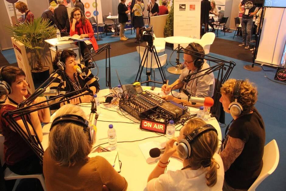 david-rival-impulseur-l'impulseur-table-ronde-animation-evenement-vendee-85-nantes-44-loire-entreprendre-dans-louest--atlantique-pays-de-la-loire-radio-podcast-leadership-formation-formateur-animateur-evenementiel-ouest-france-changement-analytique-radiophonique-transformation-changement-visio-conférence-présentiel-covid-télé-webradio-animation-émission-prise-de-parole-public-journaliste-producteur-radio-partenaire-prestataire
